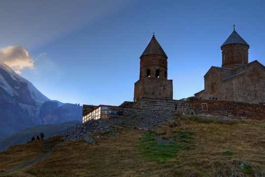 gergeti-trinity-church-2.jpg