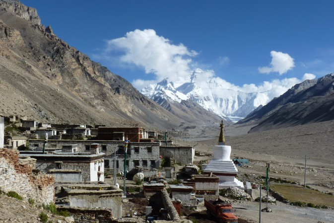 37-kloster-rongbuk-everest.jpg