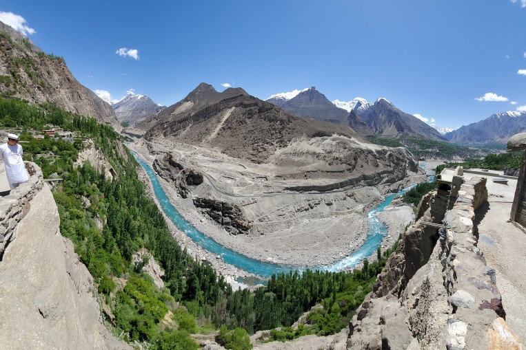 altit-fort-in-hunza-and-kkh-.jpg