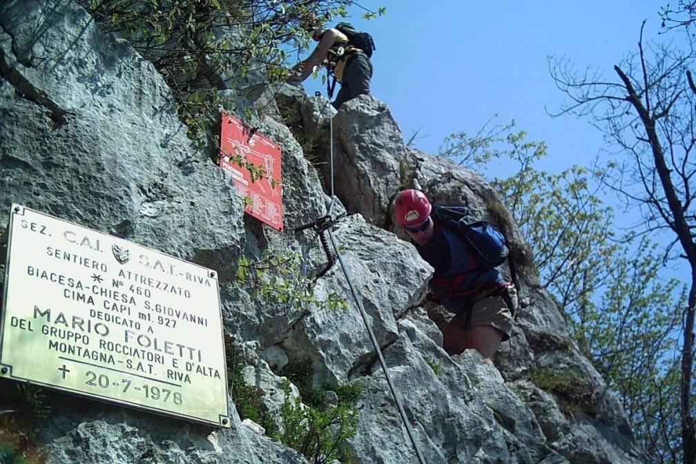 Klettersteig Cima Capi : Gardasee klettersteig at reisen